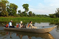 Brazil, Mato Grosso, Pantanal area, tourists on the river Cuiaba.