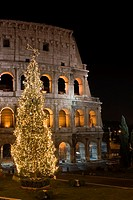 Colosseum at Christmas time, Rome, Latium, Italy (thumbnail)
