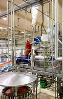 Production line of canned vegetables and beans in glass bottle, Cooked Tomato, Canning Industry, Agri-food, Gutarra, Grupo Riberebro, Villafranca, Nav...