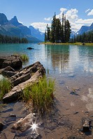 Spirit Island, Maligne Lake, Jasper National Park, UNESCO World Heritage Site, British Columbia, Rocky Mountains, Canada, North America