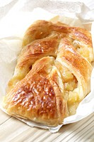 Apple milk bread pastry