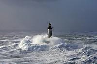 France, Finistere, Iroise Sea, Iles du Ponant, Parc Naturel Regional d´Armorique Armorica Regional Natural Park, Ile de Sein, Chaussee de Sein, Ar Men...