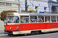 Slovaquie, Bratislava, Historic neighborhood, tramway number 4