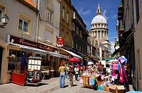 France, Pas de Calais, Boulogne sur Mer, rue de Lille