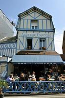 France, Seine Maritime, Pays de Caux, Cote d´Albatre, Etretat town
