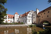 Zeughaus, armoury, Stadtbrille bridge and rose garden, Vils river, Amberg, Upper Palatinate, Bavaria, Germany, Europe, PublicGround