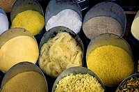 tienda de legumbres y pasta a granel en la Medina, Marrakech, Morocco, Africa, legumes and pasta shop in bulk Medina, Marrakech, Morocco, Africa