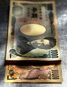 Close up of Yen notes