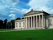 Glyptothek art museum in Munich, Germany. Neoclassical temple style with Greek and Roman sculptures.