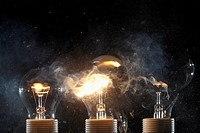 Burning and exploding light bulbs (thumbnail)