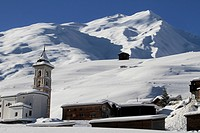 Church and village in mountains (thumbnail)
