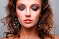 Close_up of a young, beautiful, brown_haired woman.