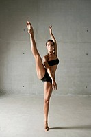 Ballet dancer posing on tiptoes