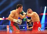 Felix Sturm, GER, vs. Martin Murray, GBR, SAP Arena, Mannheim, Baden-Wuerttemberg, Germany, Europe
