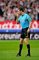Referee Wolfgang Stark showing foul play, awarding a free kick, Mercedes_Benz Arena, Stuttgart, Baden_Wuerttemberg, Germany, Europe