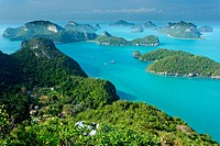 panoramic view of ko angthkong tropical marine park in Thailand