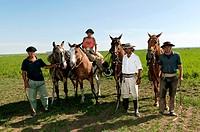 Gauchos, Estancia San Isidro del Llano towards Carmen Casares, Buenos Aires province, Argentina, South America