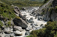 Suspended footbridge over the Hooker River, Hooker Valley Walk, Mount Cook National Park, South Island, New Zealand
