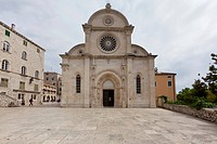 Katedrala svetog Jakova, Cathedral of St. James, UNESCO World Heritage Site, Sibenik, central Dalmatia, Adriatic coast, Europe, PublicGround