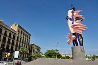 El Cap de Barcelona, Barcelona head, pop-art sculpture by Roy Lichtenstein, Barcelona, Catalonia, Spain, Europe, PublicGround