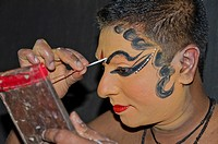 The make-up of the Kathakali character Nakrathundi is being applied, Varkala, Kerala, India, Asia