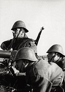 A patrol of the Romanian army being positioned with a heavy machine gun in the area of lower Kuban. Russia, February 1943