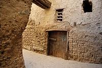 Lane, El Qasr, Dakhla Oasis, Western Desert, Egypt, Africa