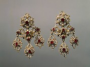 Goldsmith's art, Italy, 18th century. Gold, pearls and rubies earrings.  Naples, Museo Nazionale Di Capodimonte (Art Gallery)