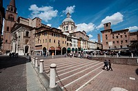 Italy, Lombardy, Mantua, Piazza delle Erbe Square and the Basilica di Sant´Andrea Dome