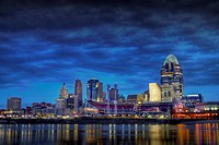 Cincinnati Skyline as seen from the riverbank of Newport Kentucky