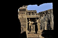 India, Maharastra, Caves of Ellora on the World heritage list of UNESCO, Kailasha temple, VIII century, cave 16