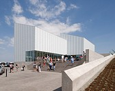 Turner Contemporary Art Gallery, David Chipperfield Architects, Margate, UK, 2011, Wide view of entrance and steps, DAVID CHIPPERFIELD ARCHITECTS, UNI...