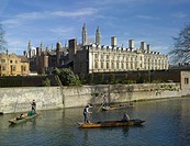 PUNTING ON THE CAM WITH TRINITY HALL COLLEGE CLARE COLLEGE AND KINGS COLLEGE CHAPEL, N/A, UNITED KINGDOM, Architect