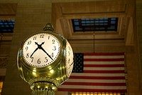 Big illuminated clock at Grand Central Terminal