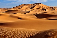 Algeria, Sahara, View of sand dunes