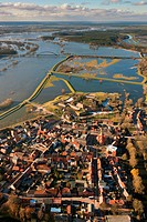 Aerial view, Doemitz, Hitzacker, Elbebruecke, bridge over the Elbe River, Elbe Valley Nature Park, winter floods, Mecklenburg-Western Pomerania, Germa...