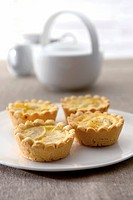 Apple and vanilla tarts