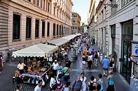 Market stalls, Via delle Muratte, Rome, Lazio, Italy, Europe