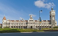 Historic railway station built in a neo-Renaissance style, Dunedin, South Island, New Zealand