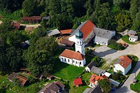 Farm with a chapel, Hollerdau region, Bavaria, Germany, Europe