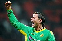 Roman Weidenfeller celebrating his victory after the final whistle, Bayer Leverkusen _ Borussia Dortmund 1:3, Bundesliga Football League