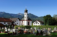 Heilig_Kreuz_Kapelle chapel and cemetery of Schlehdorf on Lake Kochel, Bavaria, Germany, Europe