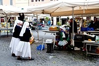 traditional market at Campo de´ Fiori, Rome