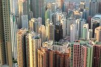 many buildings