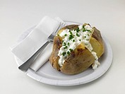 Baked potato with cottage cheese & chives
