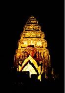 Die Khmer Tempel Anlage von Phimai bei Khorat in der provinz Nakhon Ratchasima im Nordosten von Thailand im Suedwesten von Thailand in Suedostasien.