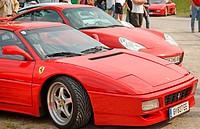 Sportwagen bei einer Automobilausstellung