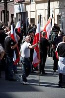 Flaggenmeer auf der rechtsextremen Demontration. Rechtsextreme haben in Dortmund einen Aufmarsch zum sogenannten Antikriegstag angemeldet. Mehrere Zus...