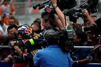 Podium – 1st Sebastian Vettel GER, Red Bull Racing, 2nd Jenson Button GBR, McLaren Mercedes, 3rd Fernando Alonso ESP, Scuderia Ferrari & Adrian Newey ...