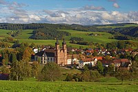 View of the village of St Peter with abbey, Autumn, Southern Part of Black Forest, Black Forest, Baden_Wuerttemberg, Germany, Europe
